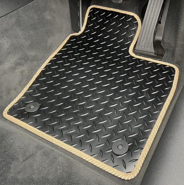Saab 93 (2003-2014) Fully tailored rubber car mat set